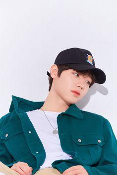 First Boyfriend, Me As A Girlfriend, White Aesthetic, Kpop Aesthetic, Revolution Cast, Park Jihoon Produce 101, Boy Celebrities, Chinese Movies, Golden Child