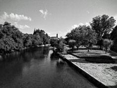 Boa tarde :D A Ínsua do Vez em Arcos de em modo preto e branco