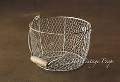"""Rusted"" Egg Basket medium"