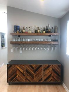 "Best Built In Bar With Floating Shelves Furniture Designs To many of us, the term ""built-in a bar"" just brings up images of corporate dining rooms that have an old-fashioned feel to them. Diy Home Bar, Home Bar Decor, Bars For Home, Diy Bar, In Home Bar Ideas, Home Wine Bar, Modern Home Bar, Bar Sala, Bar Shelves"