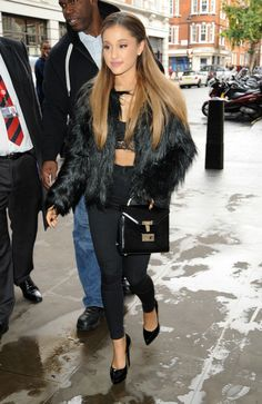 Ariana Grande hair down no ponytail London My Everything