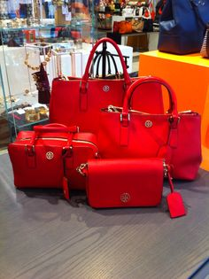 TORY BURCH robinson collection