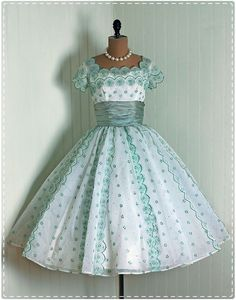 Vintage 1950′s cocktail dress
