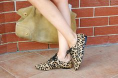 A MUSE IN U# ANIMAL PRINT# FLAT#SHOES#