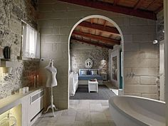 Relais Masseria Capasa by Paolo Fracasso Designed by Paolo Fracasso in this amazing luxurious mediterranean hotel is situated in Martano, Italy. Italy House, Hotel Room Design, Interior Architecture, Interior Design, Rustic Stone, Bathroom Pictures, Bathroom Ideas, Spanish House, Beautiful Bathrooms