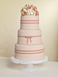 Noiva - Bolo de casamento: do tradicional branco 3 andares a modelos ...
