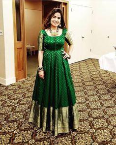 Lehenga Designs, Kurta Designs, Half Saree Designs, Bridal Blouse Designs, Saree Blouse Designs, Indian Gowns Dresses, Indian Fashion Dresses, Indian Designer Outfits, Indian Outfits