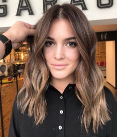 Long Wavy Ash-Brown Balayage - 20 Light Brown Hair Color Ideas for Your New Look - The Trending Hairstyle Brown Hair Balayage, Brown Ombre Hair, Brown Hair With Highlights, Light Brown Hair, Hair Color Balayage, Brown Hair Colors, Black Ombre, Hair Color Ideas For Brunettes Balayage, Balayage Brunette