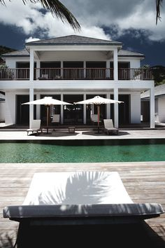 Luxury tropical Mansions