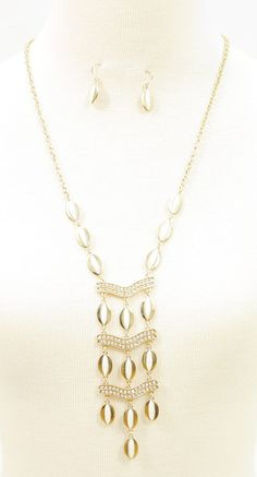 OVAL STONE DETAILED LONG NECKLACE WITH MATCHING EARRINGS