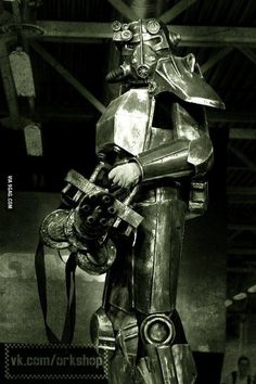 This Power Armor from Fallout was made by Russian studio in 11 days for Star-Con.