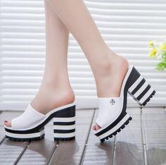 2016 nueva sandalas mujeres sandalias de cuero genuino gruesas zapatillas de tacón mujer zapatos bombas mujer chanclas cuñas de plataforma de verano