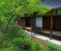 Traditional Japanese Architecture Raised Floor Square Pillars Shoji Garden