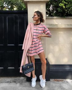 35 Insane Summer Outfits To Copy Asap 35 Insane Summer Outfits To Copy Asap Black Dress Outfits, Pink Dress Casual, Casual Summer Dresses, Spring Outfits, Casual Outfits, Fashion Outfits, Plad Outfits, Addidas Shirts, Woolen Dresses