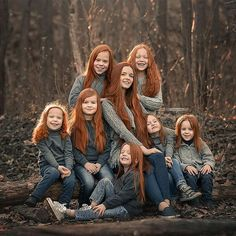 Out of all my pins of red headed women this is my favorite so beautiful it just makes me cry a happy cry it's so beautiful Beautiful Red Hair, Gorgeous Redhead, Beautiful Family, Beautiful Children, Beautiful Beautiful, Red Heads Women, Dark Red Hair, Ginger Hair, Hair Designs