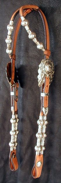 The most important role of equestrian clothing is for security Although horses can be trained they can be unforeseeable when provoked. Riders are susceptible while riding and handling horses, espec… Western Bridles, Western Horse Tack, Horse Bridle, Horse Gear, Horse Saddles, All The Pretty Horses, Beautiful Horses, Mustang, Westerns