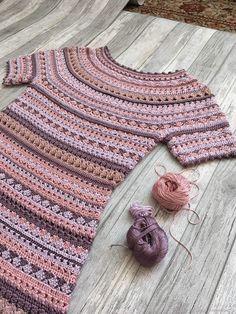 Fabulous Crochet a Little Black Crochet Dress Ideas. Georgeous Crochet a Little Black Crochet Dress Ideas. Black Crochet Dress, Crochet Skirts, Crochet Cardigan, Crochet Clothes, Knit Crochet, Crochet Summer, Crochet Baby, Knitting Machine Patterns, Sweater Knitting Patterns