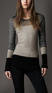 Something I love and probably will never be able to afford. Burberry London Colour Block Sweater but good thing like I can find cheaper priced clothes that look similar Mode Style, Style Me, Look Fashion, Womens Fashion, Fashion Sets, Color Block Sweater, Mode Inspiration, Pulls, Passion For Fashion