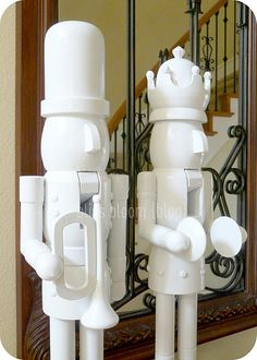 Upcycle Old Nutcrackers into Modern All White Nutcrackers - DIY Minimal Christmas, Modern Christmas, Outdoor Christmas, All Things Christmas, Christmas Home, White Christmas, Christmas Holidays, Elegant Christmas, Merry Christmas