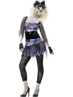 The fishnet pantyhose, gloves and bracelets are not included with this Madonna outfit. List Of Halloween Costumes, Best 80s Costumes, Halloween Fancy Dress, Halloween Kostüm, Costumes For Women, 1980s Fancy Dress, Fancy Dress Womens, Pop Punk, Star Costume
