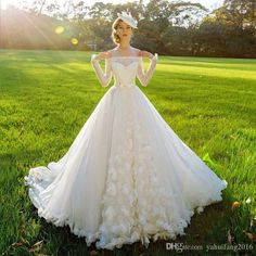 2016 Beautiful Ball Gown Wedding Dresses Long Sleeves Tulle Lace Bateau Lace Up Floor Length Bridal Dresses Gown Custom Made Ball Gown Wedding Dresses 2016 Bridal Dress Custom Made Dresses Gown Online with $215.65/Piece on Yahuifang2016's Store | DHgate.com