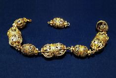 Fragments of a chain by Anonymous (Transylvania or Poland), second half of 16th century, Toruń Regional Museum. Skrwilno and Nieszawa Treasure. Hidden during invasion of the Polish-Lithuanian Commonwealth by neighbouring countries known as the Deluge (1655-1660) by the owner Zofia Magdalena Loka. #enamel #gold #poland #torun #artinpl #skrwilno #polish #renaissance Commonwealth, 16th Century, Regional, Anonymous, Poland, Renaissance, Countries, Cufflinks, Enamel