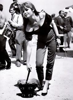 Brigitte Bardot. Werq those sexy slim cigarette pants, girl.
