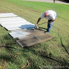 How to Paint Shutters the Easy Way, Petticoat Junktion