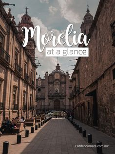 If you have a sweet tooth, enjoy Mexican 'antojitos' and like to walk around admiring historical buildings, Morelia is THE city for you!