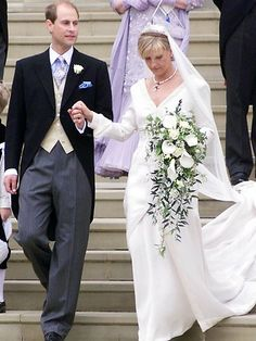 Prince Edward & Sophie Rhys Jones | Fabulous royal wedding gowns | The Courier-Mail