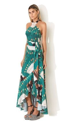 Nice dress elegante Love This ❤❤❤❤❤❤❤❤❤❤❤❤❤❤❤❤ Simple Dresses, Casual Dresses, Summer Dresses, Boho Fashion, Fashion Dresses, Womens Fashion, Floral Print Gowns, African Dresses For Women, Classy Outfits
