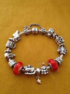 Christmas Pandora bracelet idea. Never too early for Christmas :)