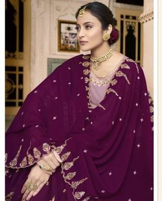 Flaunt Your Rich And Elegant Taste With This Lovely Color Palette In Lilac Colored Top Paired With Dark Purple Colored Bottom And Dupatta.
