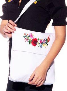 Bag - hungarian handmade - with Kalocsa embroidered - 2 - white Embroidered Bag, Embroidery Patterns, Folk Art, Handmade, Bags, Fashion, Hungarian Embroidery, Needlepoint Patterns, Handbags