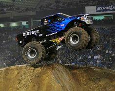 Blue Flame Bigfoot Monster Jam, Monster Trucks, Blue Flames, Racing Team, Bigfoot, Cool Trucks, Monsters, King, Bounty Hunter