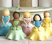 princesas para bolos, disney, cinderela, bela, branca de neve, aurora, bela adormecida, a princesa e o sapo