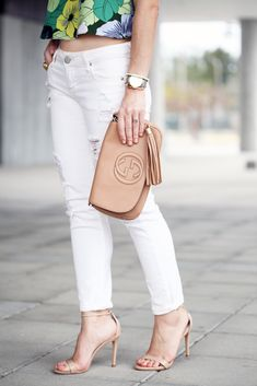 Blame it on Mei Miami Fashion Blogger 2016 Spring Casual Outfit Idea Brunch Look Inspiration Bright Floral Crop Top Open Back Top How to Wear White Denim Gucci Soho Crossbody Baublebar Tassel Earrings Strappy Steve Madden Stecy Heels YSL Arty Ring