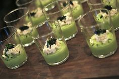 Peeky-toe crab over chilled avocado mousse with paddle fish caviar and chives by The Tin Kitchen. Wedding Catering, Wedding Receptions, Reception Ideas, Catering Los Angeles, Avocado Mousse, Catering Companies, Hors D'oeuvres, Scallops, Food Truck