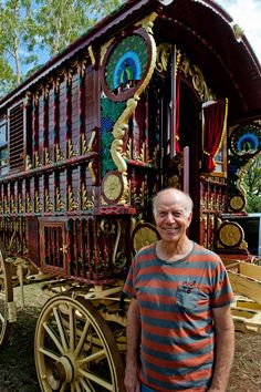 caravan renovation ideas 607634174711740095 - Gallery of Bruce Weier Woodcarving on Gypsy Ledge Wagon Source by Source by Gypsy Trailer, Gypsy Caravan, Gypsy Wagon, Gypsy Life, Gypsy Soul, Caravan Renovation, Gypsy Living, Vintage Gypsy, Tiny House Cabin