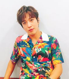 CN_FANCLUB (@CN_FANCLUB) | Twitter Cnblue Yonghwa, Jung Yong Hwa, Kpop, Button Down Shirt, Men Casual, Actors, Mens Tops, Shirts, Drama
