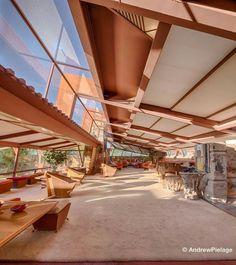 Frank Lloyd Wright Source by kimberlylindber Organic Architecture, Amazing Architecture, Architecture Design, Frank Lloyd Wright Buildings, Frank Lloyd Wright Homes, Roof Design, Interior Design, Usonian, Future
