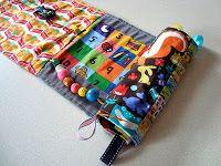 Livro de enrolar em: http://domesticblissnz.blogspot.co.nz/p/my-busy-book.html