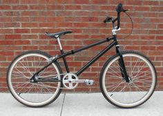 2011 GM Designs JMC Cruiser Tribute 24 - Hand made by Greg Melms, truly a  work of art, with 40,000 other bmx bikes at BMXmuseum.com