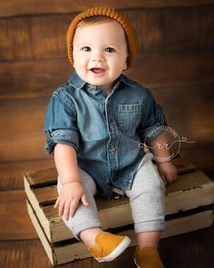 57 Ideas for baby boy photography 1 year ideas Baby Outfits, Summer Outfits, Baby Boys, Toddler Boys, Toddler Boy Shoes, Kids Boys, Baby Boy Pictures, 6 Month Baby Picture Ideas Boy, Cute Baby Boy Pics