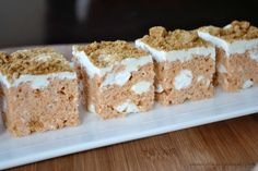 Gingerbread Rice Krispie Treats- made with #JELL-O Gingerbread pudding mix! #easy and delicious. www.shugarysweets.com