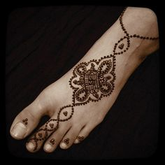 Unique Foot #Henna Design.