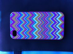Love this I phone 4 case!!