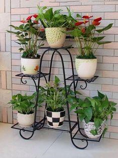 Cool Plant Stand Design Ideas for Indoor Houseplant 38 - Rockindeco House Plants Decor, Plant Decor, Wrought Iron Decor, Decoration Plante, Iron Plant, Garden Deco, Garden Hoe, Balcony Garden, Succulents Garden