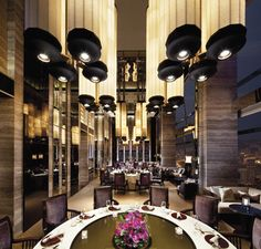 The Ritz-Carlton, Hong Kong - Tin Lung Heen private dining room offers personalized service cater for meetings, events, anniversary and all kinds of celebrations