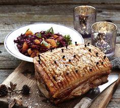 Danish Pork Roast - Flæskesteg from the Sweet Sour Savory blog- #julbord #swedishchristmas #danischristmas #godjul #jul #nordicjul #porcrôti #flaeskesteg